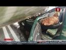Под Гродно боевая машина пехоты практически раздавила Volkswagen