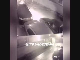 Саламалейкум брат выложи пожалуйста вчера ночью в новом кяхулай зацепил машину и уехал Номера тоже видно на камере через 3 дня в