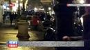 В Париже мигранты пытались прорваться в театр, требуя официальной регистрации в стране