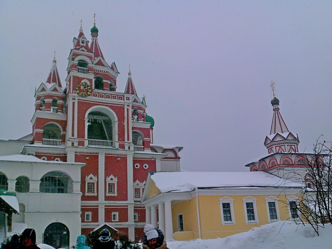 Звенигород. Саввино-Сторожевский монастырь. Крепость царя Алексея Михалыча