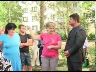 Жители домов по улице Пирогова, на Липовой горе, требуют комплексного ремонта дорог во дворах.