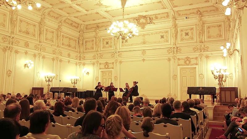Antonín Dvořák - String Quartet in F major, Op. 96, American. IV. Finale. Vivace ma non troppo