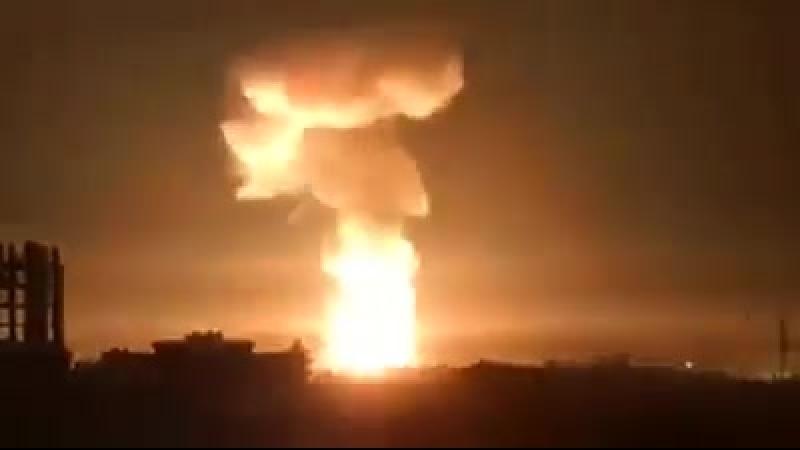 Сирия. Мощные взрывы встряхивают прибрежную зону. ПВО работает. Полная путаница.