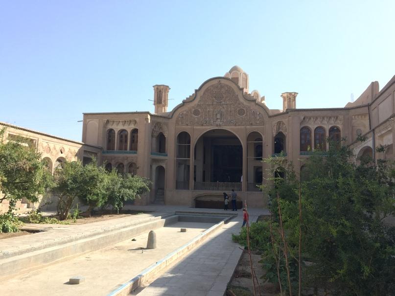 Исторический дом. Путешествие в Иран