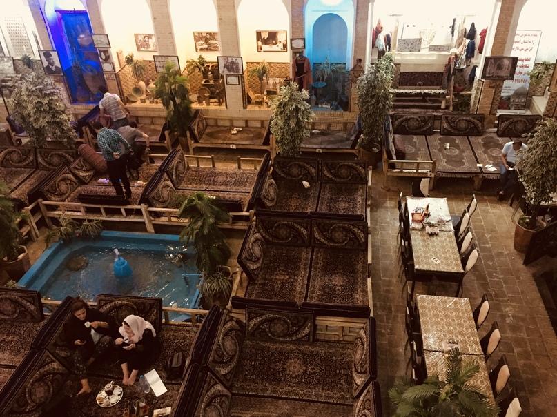 Ресторан сверху. Путешествие в Иран