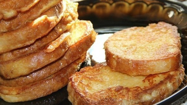 Сырные гренки на завтрак.