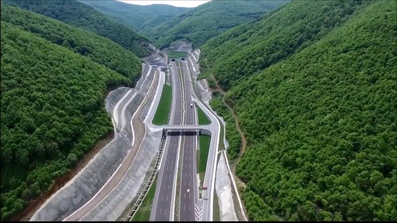 O-5 Gebze-Bursa otoyolu ve Osmangazi Köprüsü havadan Gebze-Bursa highway
