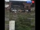 В селе под Иркутском во время уроков обрушилось здание школы Рухнувшая часть здания была признана аварийной еще в декабре 2009