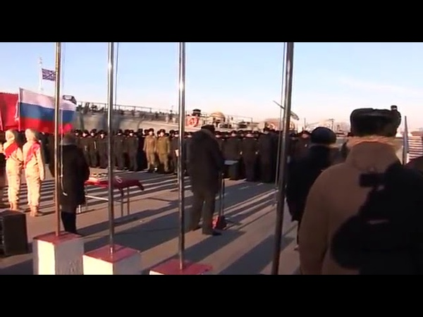вице адмирал Игорь Мухаметшин устроил выступление перед моряками