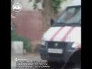 В Астрахани парень голышом несколько часов просидел на блоке от кондиционера