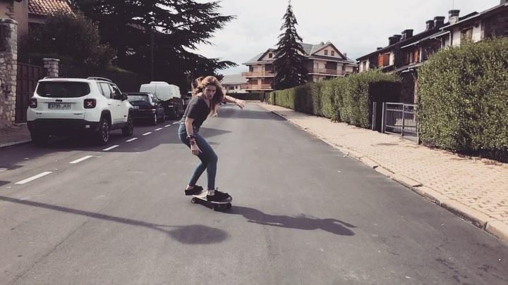 """E L E N A E S P A D A on Instagram """"Enjoying  smoothstarcarvingslidelongboardgirlalphappysportenjoyskateboardlongboardgirl"""""""