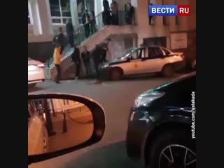 Пляски на патрульной машине во Владивостоке закончились стрельбой.