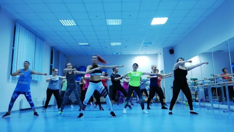 Zumba fitness® zin Viki Bomba Estereo Soy Yo