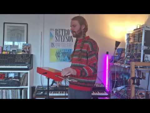 Hermigervill Plays Theremin vol. II - 2017 - White Christmas