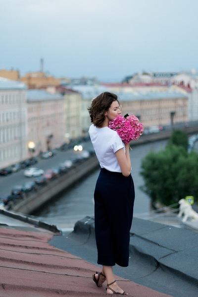 Катя Полева