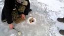 прикол на зимней рыбалке