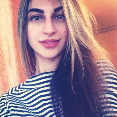 Элла Гулиева
