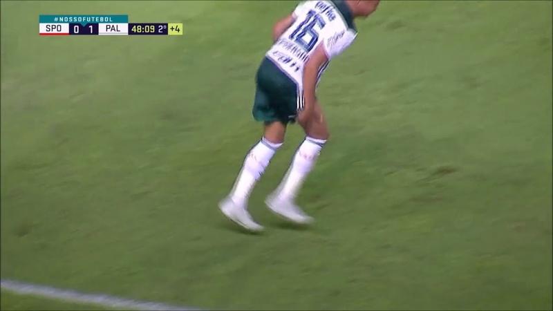 Deyverson faz simulação igual Neymar no jogo contra o Vitória