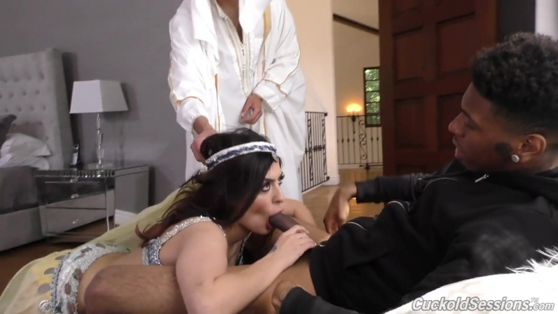 Audrey Royal Interracial Cuckold Sessions Dog Fart HD