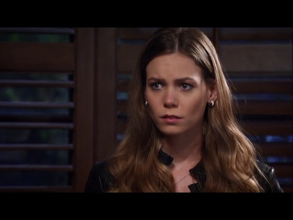 Younger Actress in a Drama Series Chloe Lanier AS Nelle Hayes