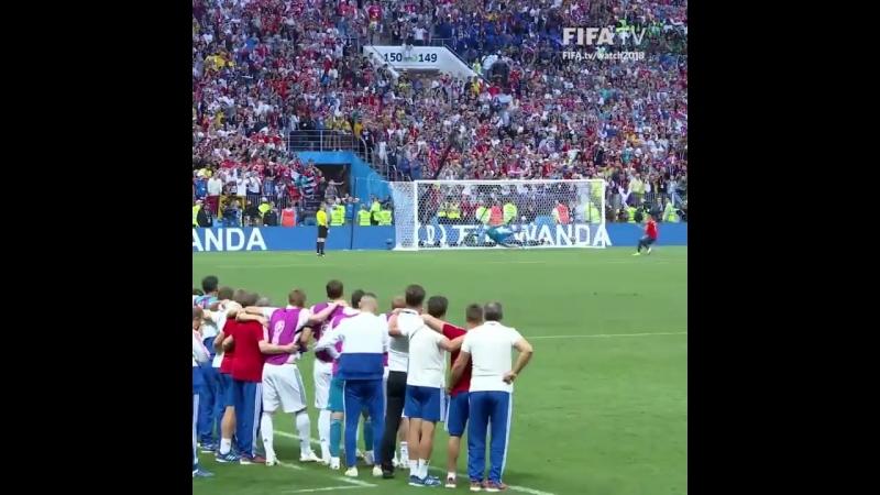 Момент дня - сейв Игоря Акинфеева и победа в серии пенальти над Испанией