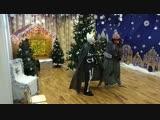 Баба Яга и Кощей на празднике