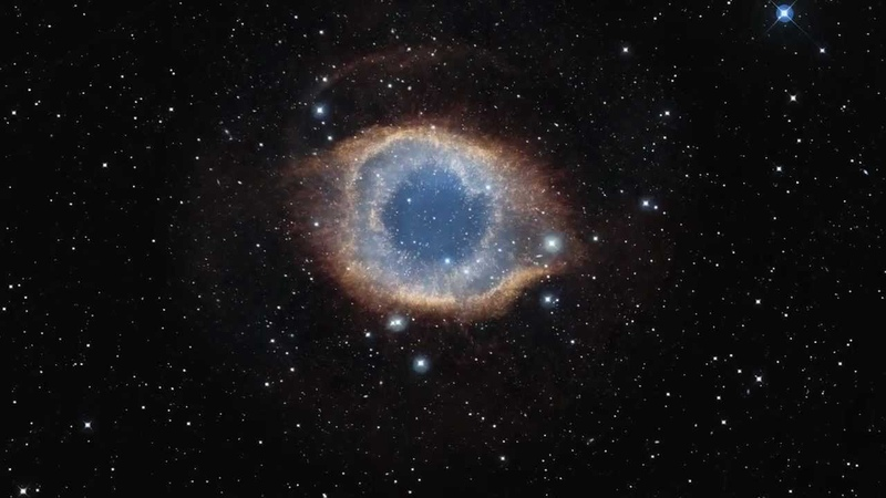 ESO Zooming into the Helix Nebula HD 720p