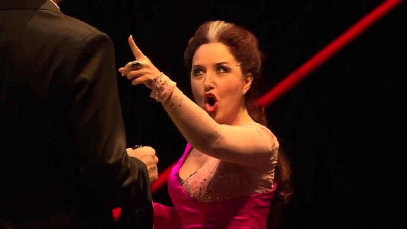 G. Donizetti Lucrezia Borgia 1 act, in Alfonso palace (мой русский перевод)