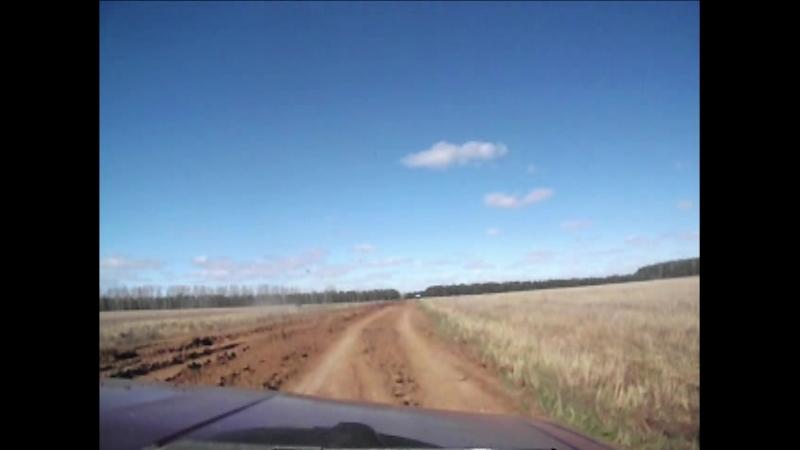 Повреждённая дорога через Лутохинский тракт на Малое Киясово.