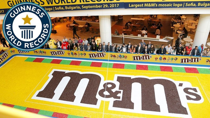 Largest MM's mosaic - Guinness World Records