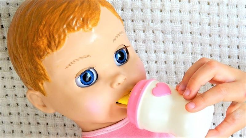 Говорящая Кукла играет в Дочки Матери с Полиной Видео для детей