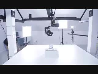 Трехосвеая моторизованная камера с верхним подвесом и панорамированием 360