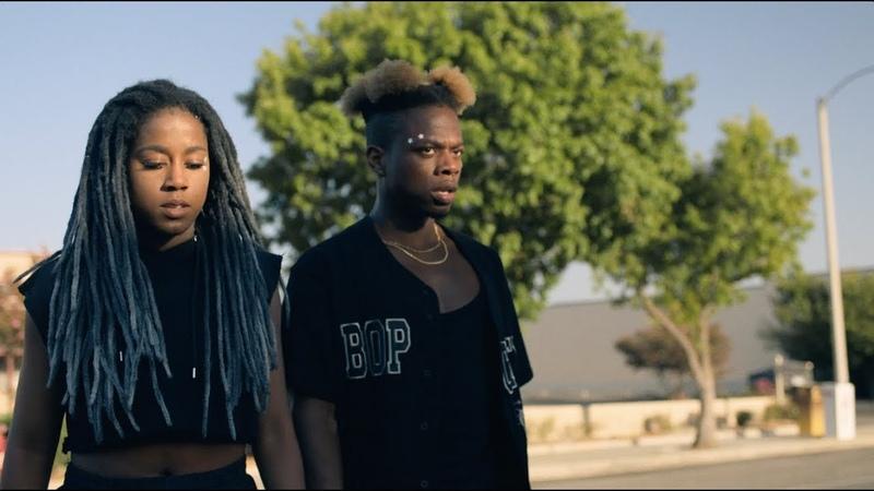 Tobi lou - KNOCK KNOCK ft. Tomi Adeyemi (Official Video)