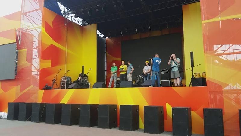 Караоке на Майдане в Запорожье