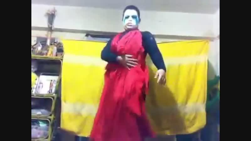 Малолетний далбаёб - Applause