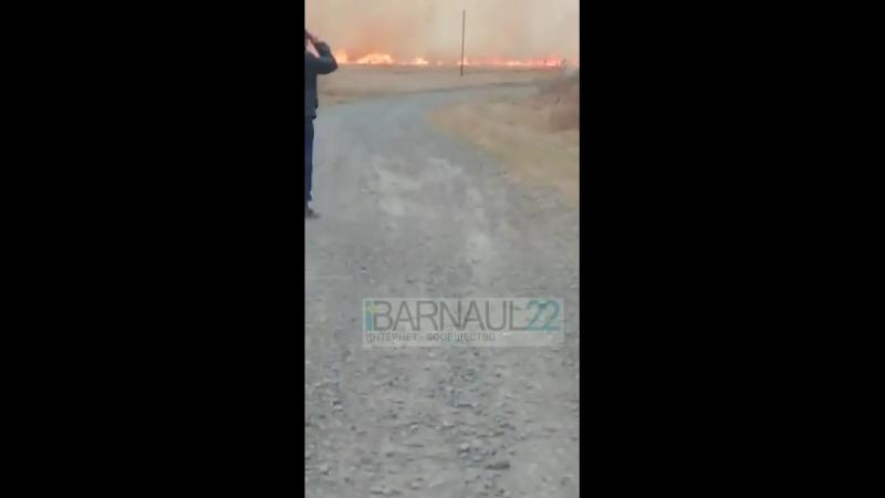 Сильный пожар в Калманском районе, Кубанка (Barnaul22)