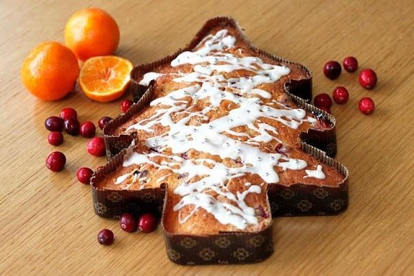 Клюквенно-апельсиновый Рождественский кекс елка