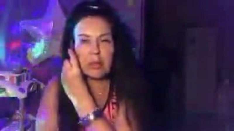Татьяна Африкантова в Перископе 22 05 2018 Из ночных посиделок.. Ждем гостей..поливаем цветы