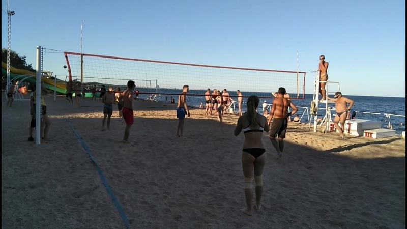 Минитурнир по пляжному волейболу среди любителей