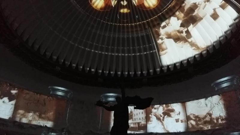 3D-фильм «Дорога к Победе» на куполе Зала Славы музея Победы на Поклонной горе.