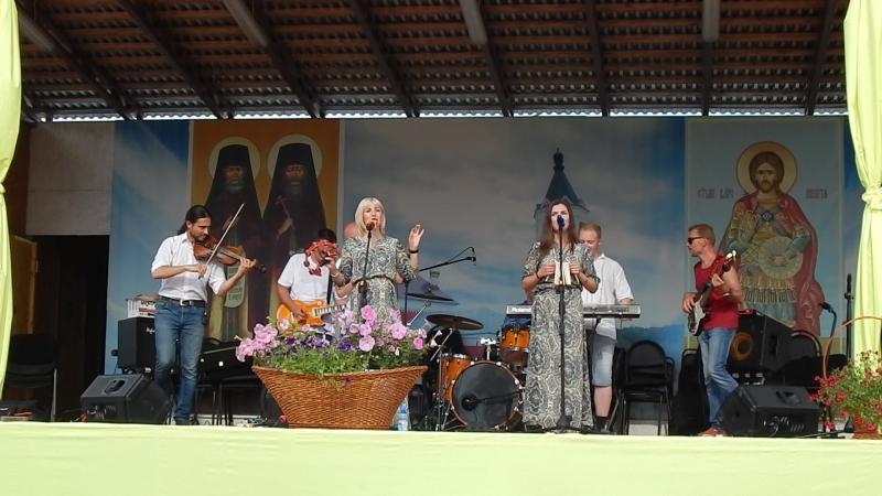 АРТ-фолк группа ЕжеВикА(Тамбов) на 13-м Кузнечном фестивале в Бывалино 15.07.2018., Орешина.