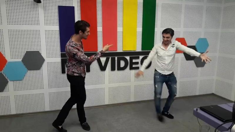 Новая Лезгинка Папито Папито Парни Классно Танцуют 2018 ALISHKA RAMIL Assa Group Баку mp4