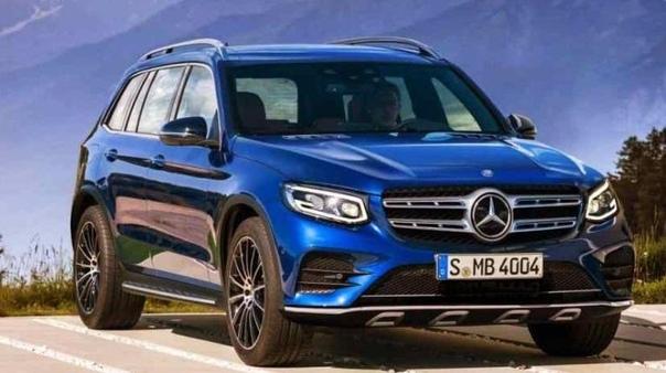 Новый Mercedes-AMG GLB 35 вышел на дорожные испытания. Mercedes-Benz покажет новый компактный кроссовер GLB-Class летом 2019 года, но уже начаты тесты версии AMG 35. Её дебют ожидается только в