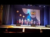 Выступление акробатической группы