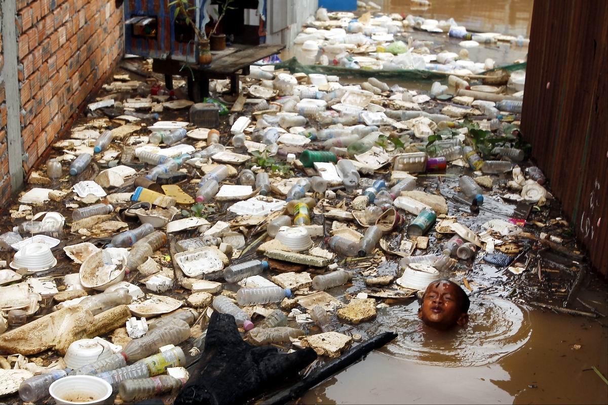 Заплыв с препятствиями: Наводнение по-камбоджийски