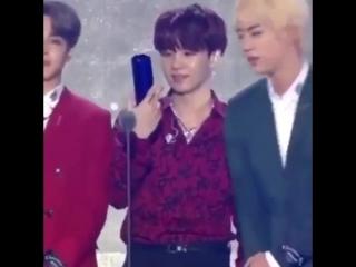 Yoongi whipped for an award, the saga continues