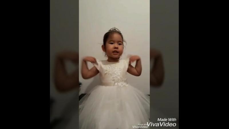 Жібектің Астана күніне арналған конкурсқа жіберген ролигі