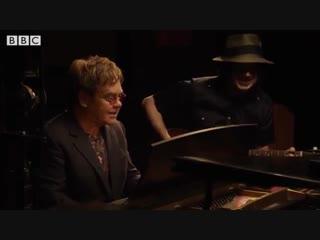 Elton John and Jack White - Two Fingers of Whiskey (BBC Arena. American Epic)