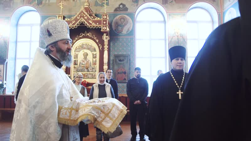 Епископ Владимир возглавил Божественную литургию в соборе великомученика Георгия Победоносца г. Таштагола