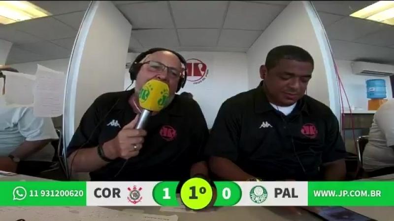 Nilson César narra gol de Rodriguinho, e Vampeta aproveita para provocar